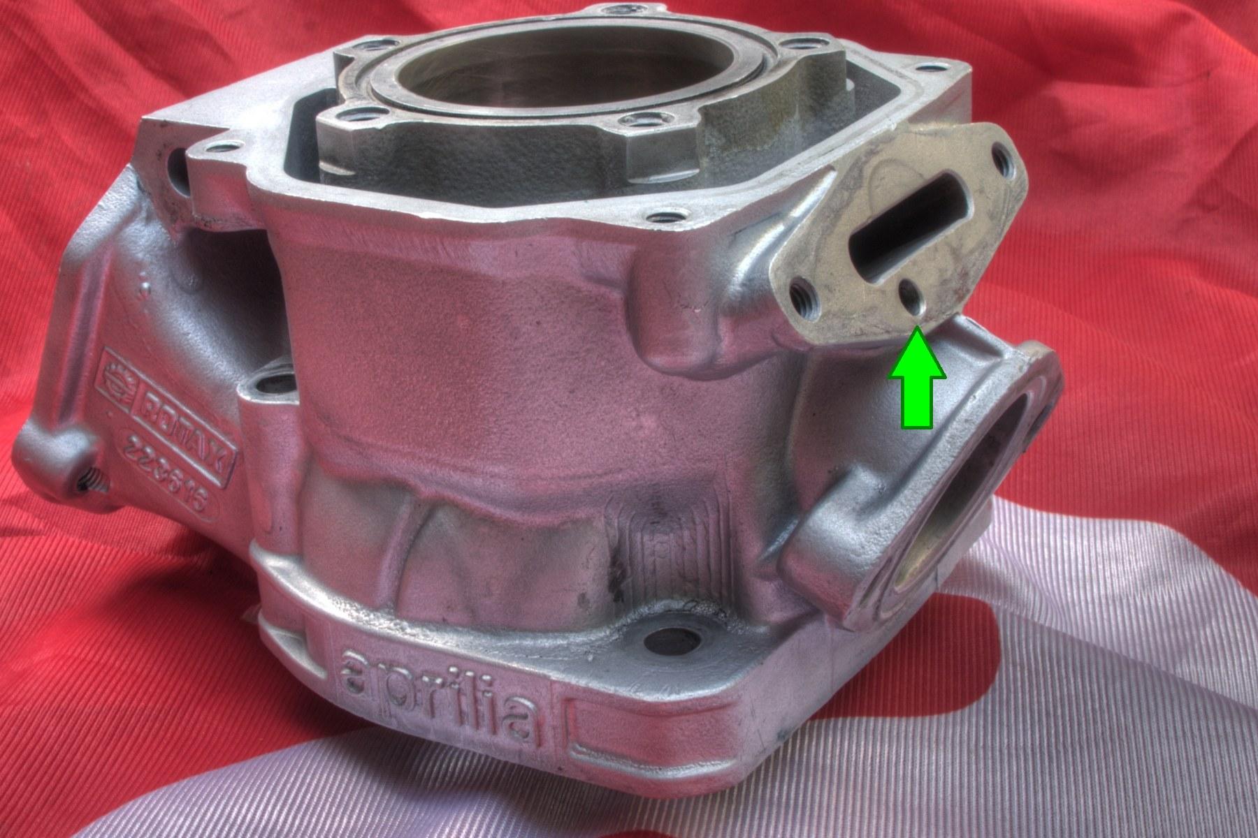 Rotax-123-Zylinder mit Bohrung für die pneumatische RAVE2