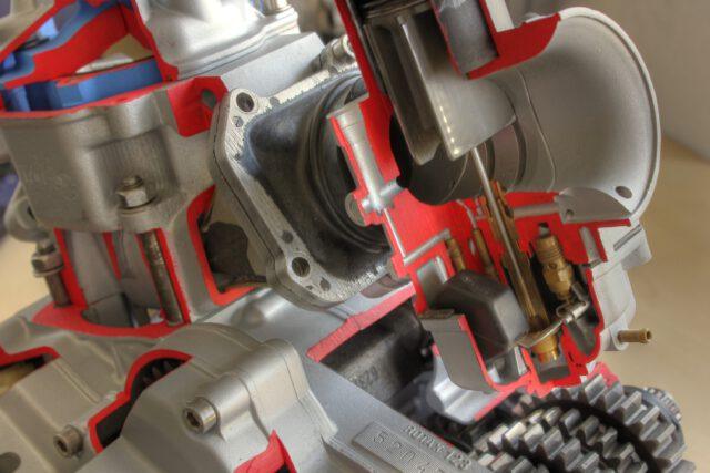 Schnittmodell Rotax 123 Gemischaufbereitung